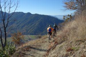 03-22-gohere-mountainbiking
